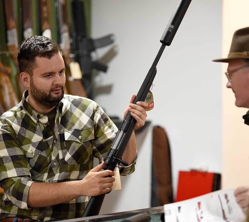 News und Vorträge bei Waffen Pauckert in Wallsbüll